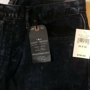 Men's New Lucky Brand Jeans W36.  L32 Deep Navy